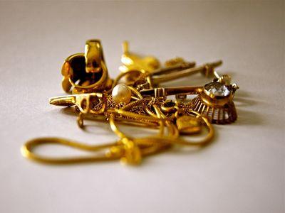 f8156f16ff0 Good Old Days → Antikvitetshandler i København - Køb af antik, guld ...