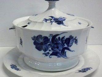 Blå Blomst porcelæn købes